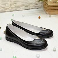 Туфли женские черные кожаные с закругленным носком, декорированы фурнитурой. 36 размер