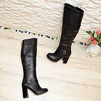Высокие черные кожаные сапоги на устойчивом каблуке. 35 размер