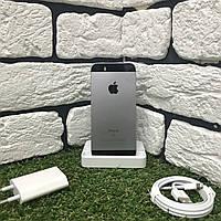 Смарфтон Б/У Apple IPhone SE 64GB Space Gray c ГАРАНТИЕЙ!