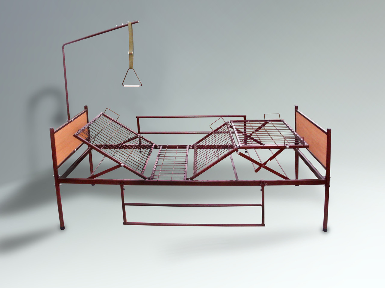 Аренда медицинской функциональной четырехсекционной кровати на колесах для лежачих больных