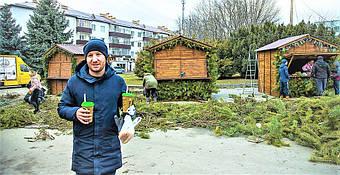 ✅ Компания «Промконтракт» изготовила и поставила в Шепетовку Хмельницкой области торговые киоски для организации Рождественской ярмарки.  17