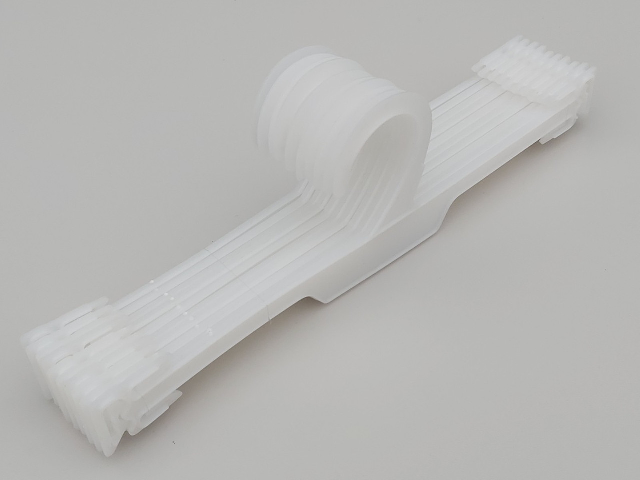Плечики вешалки пластмассовые для нижнего белья V-N26 матовые, 26 см, 10 штук в упаковке
