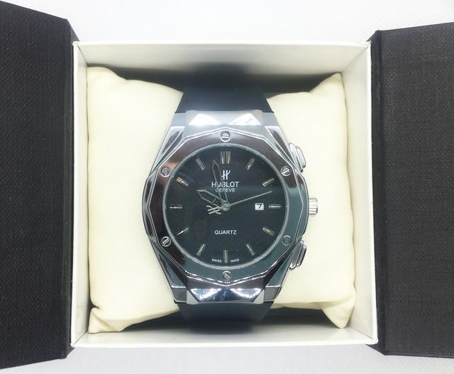 Класичні чоловічі наручні годинники