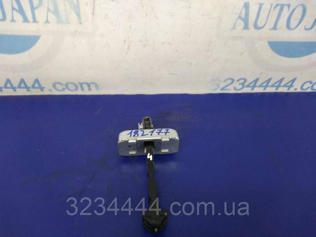 Обмежувач двері передній лівий FL LEXUS GS350 GS300 06-11