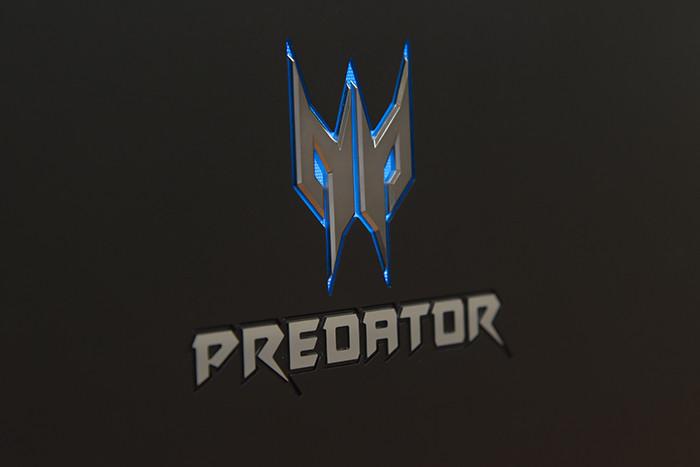 Огляд ноутбука Acer Predator 21 X: 8 кілограмів потужності та дві відеокарти