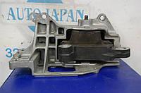 Подушка двигателя NISSAN JUKE 10-