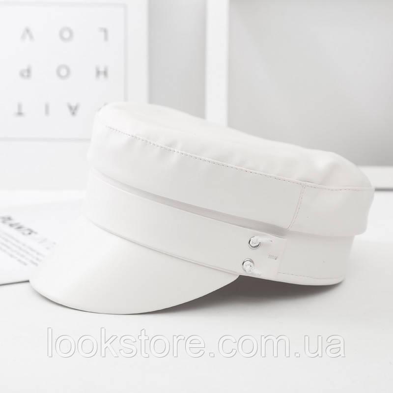 Женский картуз, кепи, фуражка из кожзама в стиле RB белый