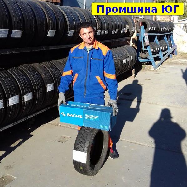 Почти Новые бусовские шины б.у. / резина бу 235.65.r16с Continental ContiVancontact 4 Season Континенталь