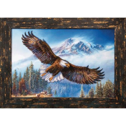 Орел в горах