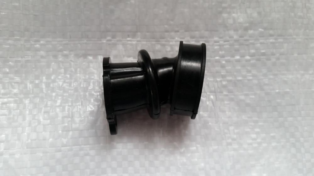 STIHL 290/390 бензопила Коліно,патрубок карбюратора Китай