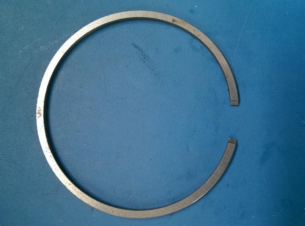 Кольцо поршневое диаметр 48мм*1,2мм толщина  STIHL 036 Индия