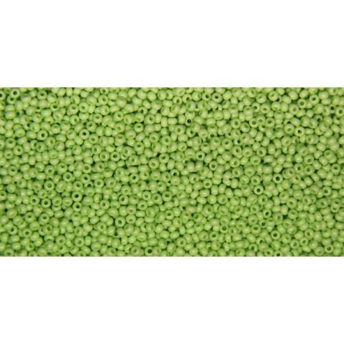 Чешский бисер Preciosa 10 для вышивания Бисер зеленый горчичный алебастровый прозрачный 03154