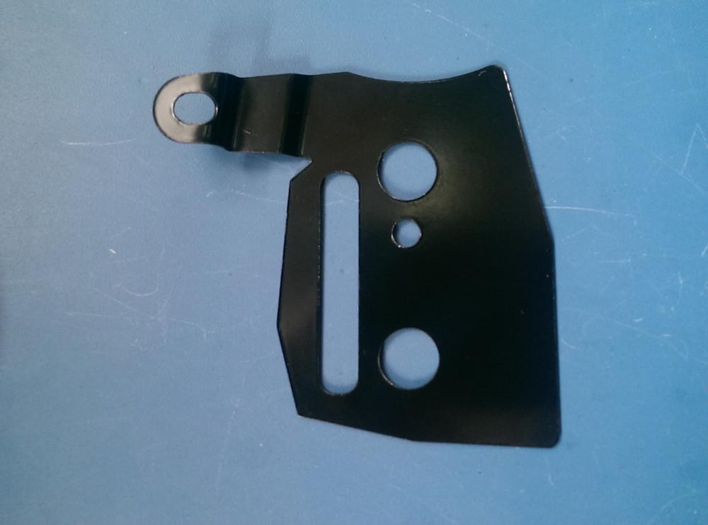 Бензопила Китай 4500/5200/5800 Пластина железная крышки тормоза
