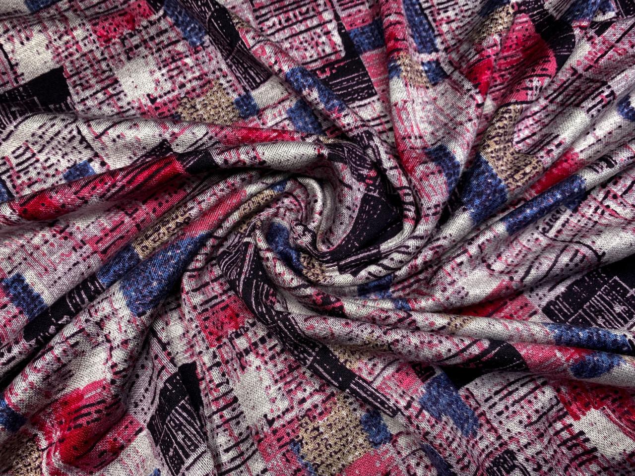 Трикотаж вискозный двусторонний геометрическая мозаика, красный с серым
