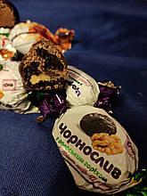Цукерки великі з горіхами та фруктами в кондитерському шоколаді, асорті 200 грам