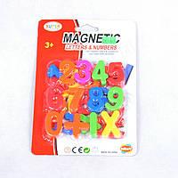 Цифры и знаки на магнитах