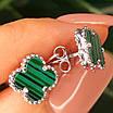Серебряные гвоздики Клевер с малахитом - Брендовые серьги Клевер зеленые, фото 2