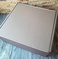 Коробка большая подарочная крафт самосборная 40 * 40 * 15 см