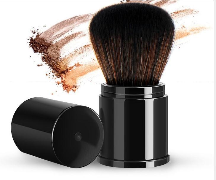 Кисть кабуки складная для пудр и румян Kabuki Compact Black