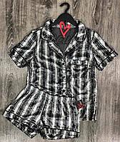 Велюровые пижамы, комплект рубашка и шорты в полоску.