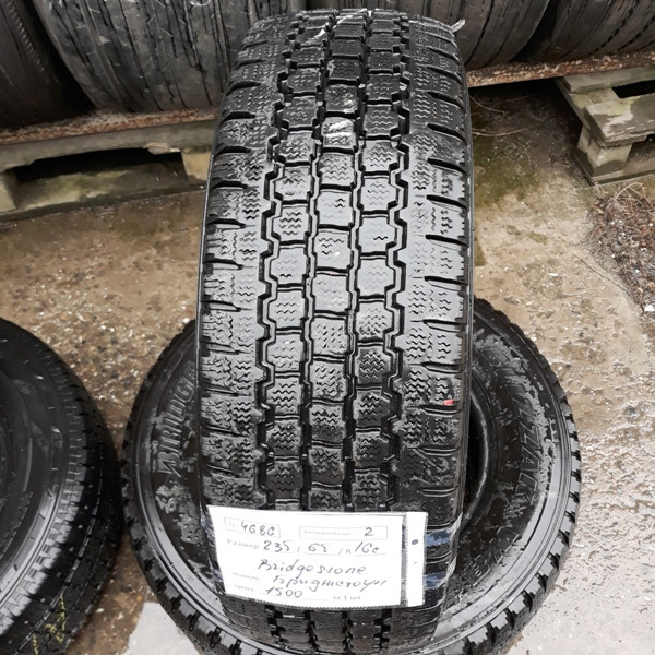 Почти Новые! Шины б.у. 235.65.r16с Bridgestone Blizzak W800 Бриджстоун. Резина бу для микроавтобусов. Автошина усиленная. Цешка