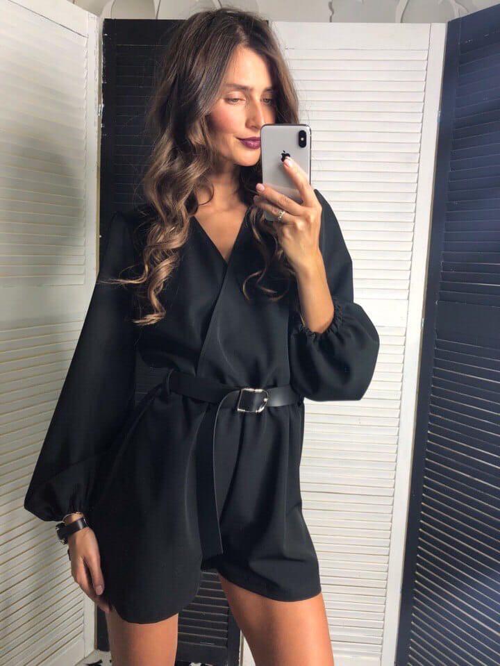 Красивый женский комбинезон с поясом, черного цвета