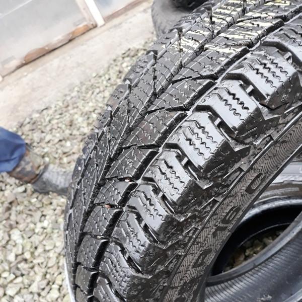 Почти Новые бусовские шины б.у. / резина бу 205.75.r16с Uniroyal Snow Max2 Юнироял