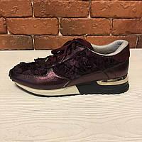Эксклюзивные кроссовки цвета марсала с текстильными цветами