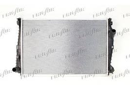 Радиатор охлаждения двигателя Alfa Romeo 159 (07-12) (AVA)