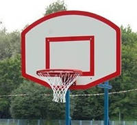 Щит стритбольный размером 1200х950мм, изготовлен из ламинированной водостойкой фанеры толщиной 10мм