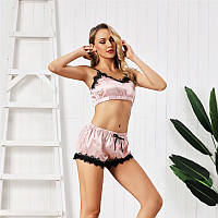 Женская атласная пижама Sweet: топ и шорты на резинке розовая (пудра)