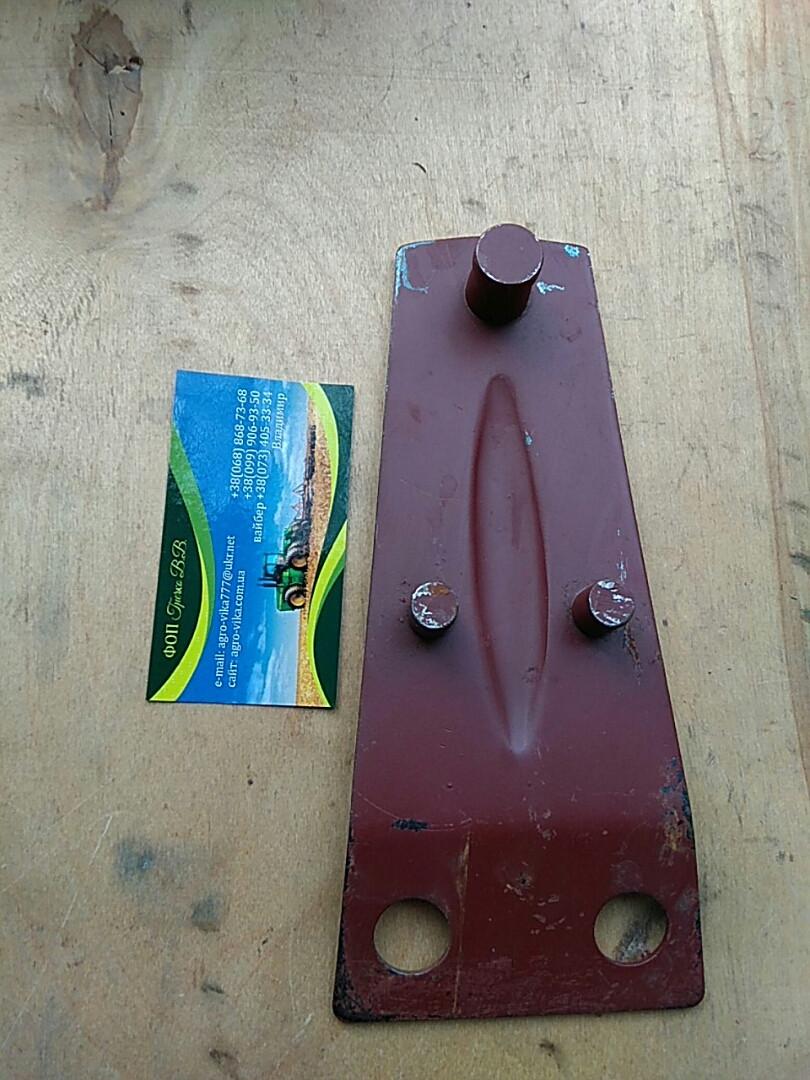Держатель ножа на польскую роторную косилку 1,65м.