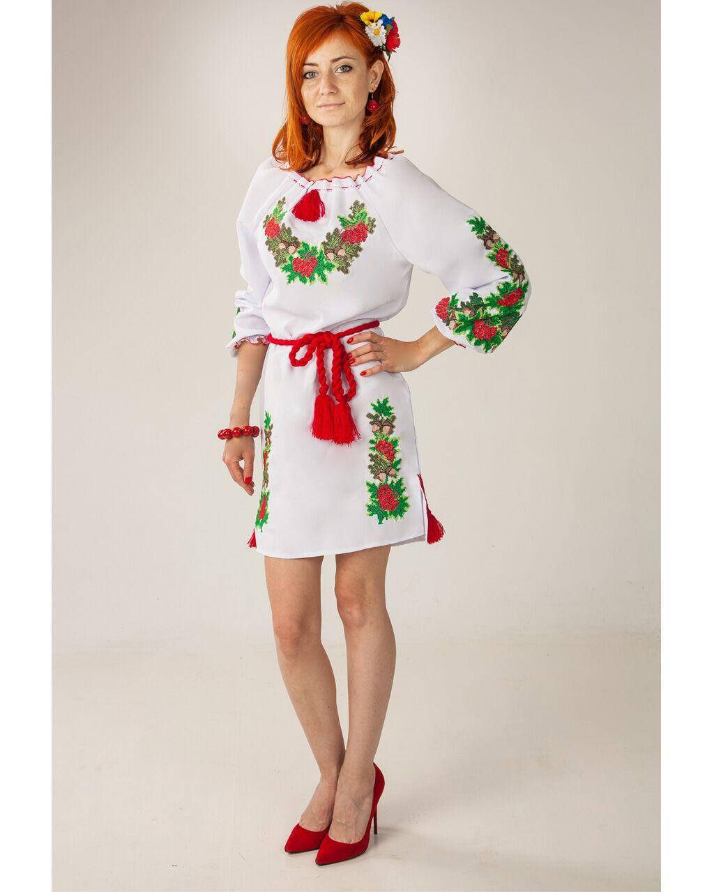 """Женское вышитое платье """"Дубок"""" , 40"""