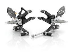 Подножки водителя Rizoma Rear set control kit для Ducati Streetfighter серебристо-черные (пара)