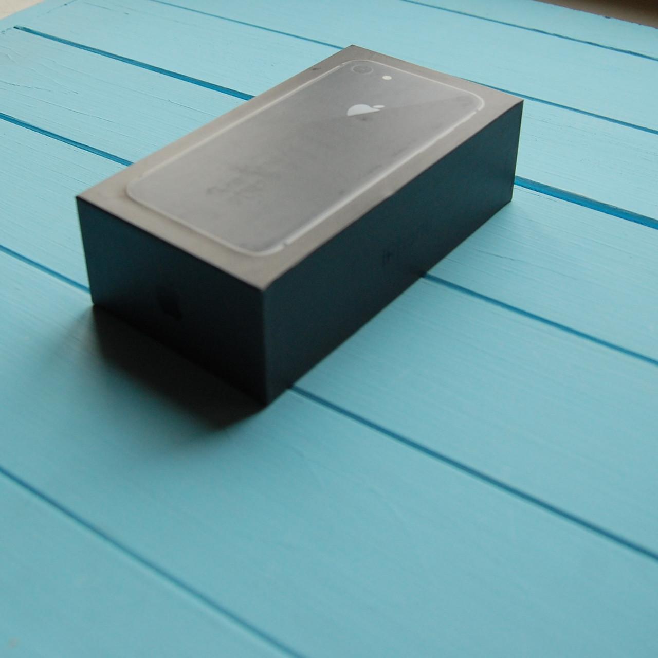 Коробка Apple iPhone 8 Space Gray