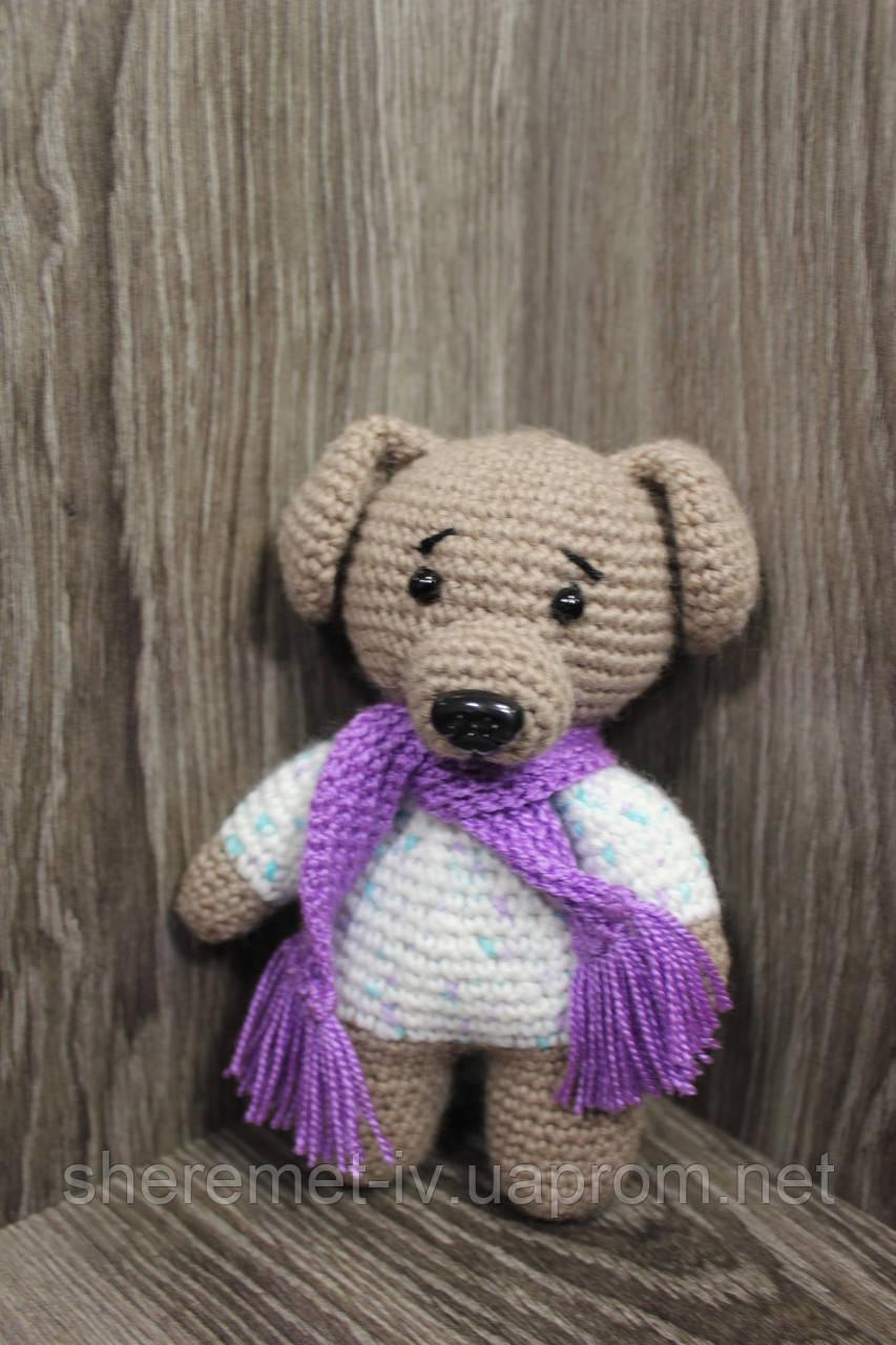 Мягкая вязаная  игрушка ручной работы Собака с шарфом 14.5*10 см для детей