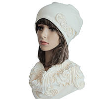 Комплект Муза шапка и снуд вышивка молоко