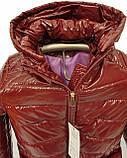 Демисезонная женская куртка с накладным карманом, модель Юлия, бордовый лак, размеры 48 - 54, фото 9