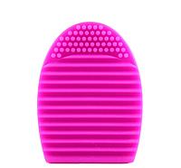 Силиконовая щетка для чистки кистей Pink