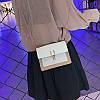 Белая с какаовым сумка черная через плечо, фото 8