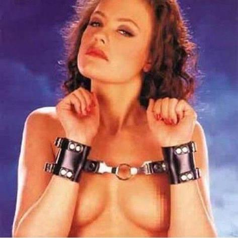 Черные кожаные наручники - d, фото 2