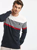 Мужской свитер LC Waikiki / ЛС Вайкики с белым верхом, темно-синим низом и красной полоской на груди