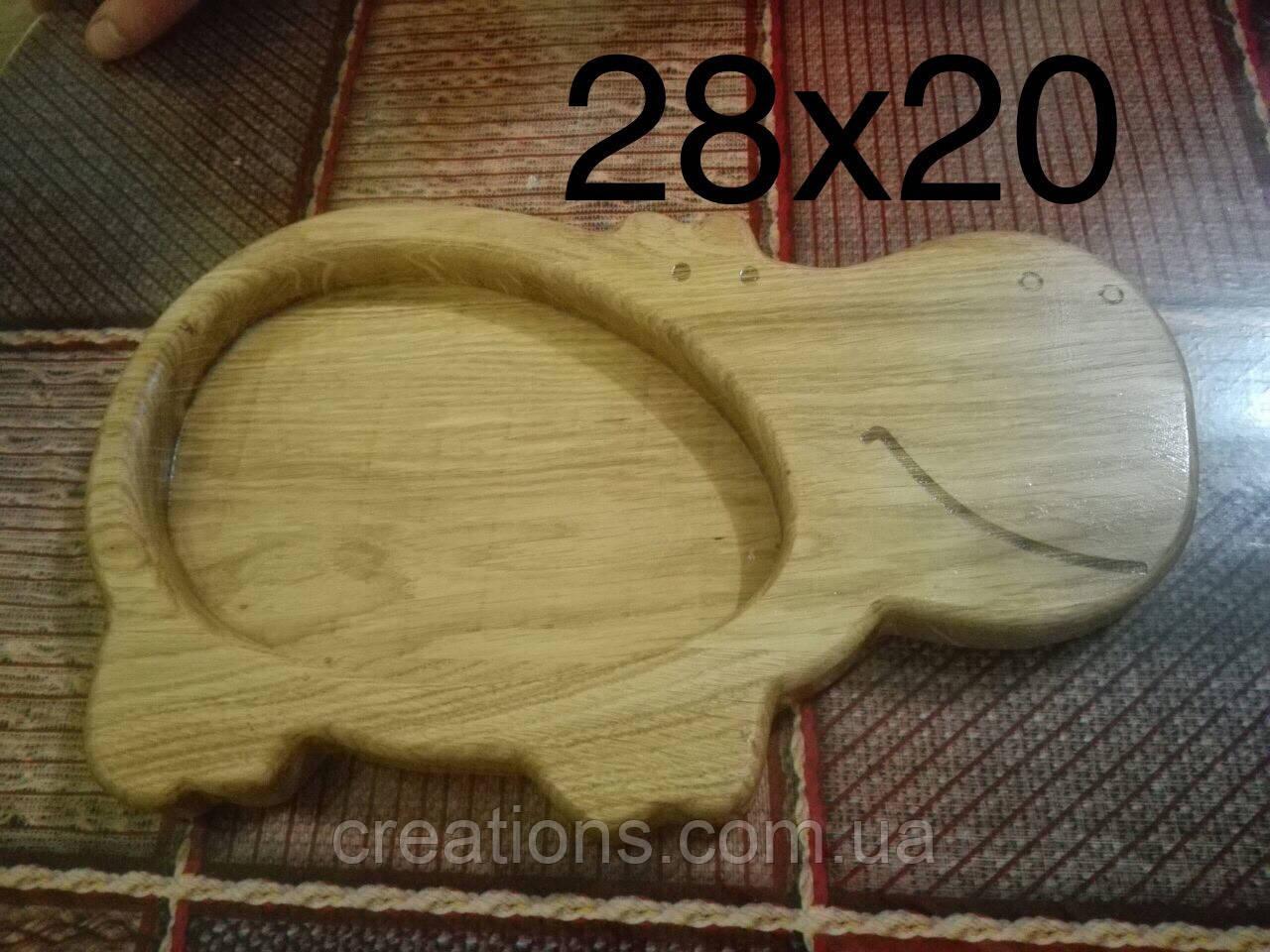Детская деревянная тарелка 28х20 см. бегемот из черешни, ясеня