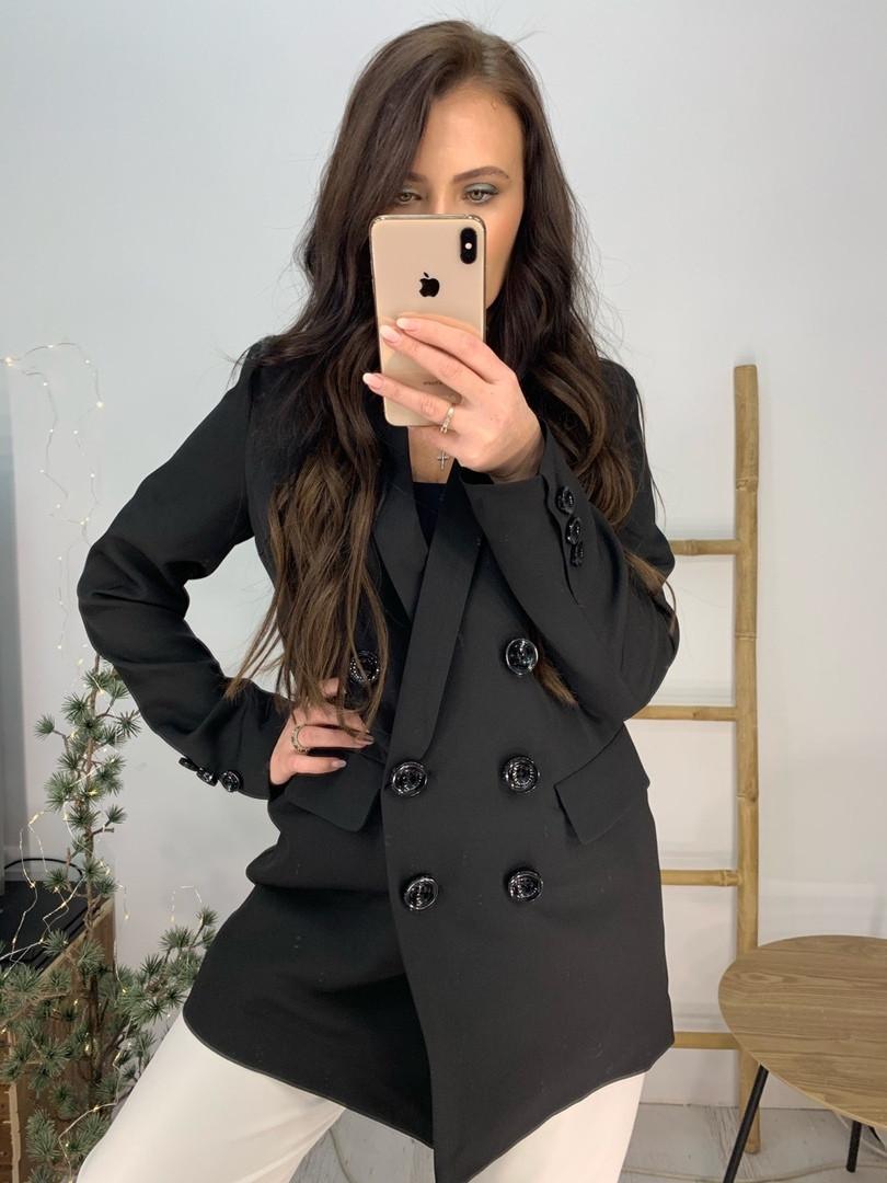 Стильный черный пиджак с карманами, декорирован пуговицами