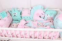 """Комплект в кроватку для новорожденных с бортиками, зверюшками, облачками и косичкой розово-мятный """"Единорожки"""""""