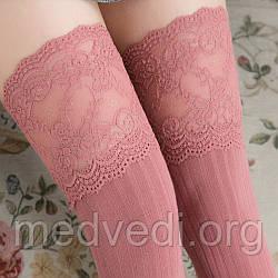 Рожеві жіночі панчохи-шкарпетки з мереживом, вище коліна