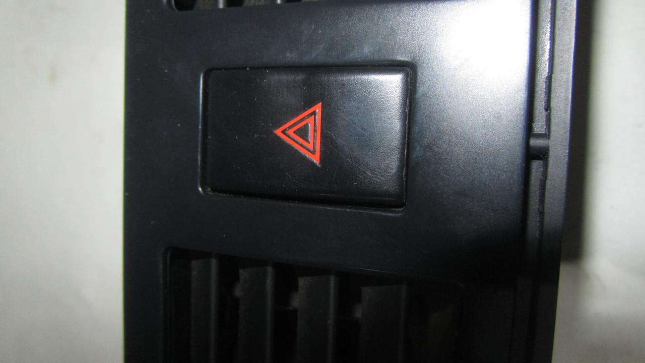 Кнопка аварийной остановки аварийка Nissan Teana J31 252909Y000