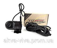Компактный регистратор с возможностью подключения к мониторам и магнитолам через кабель AV (Р-504)