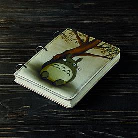 Блокнот v.1.0. А6 Fisher Gifts 93 Тоторо под деревом (эко-кожа)