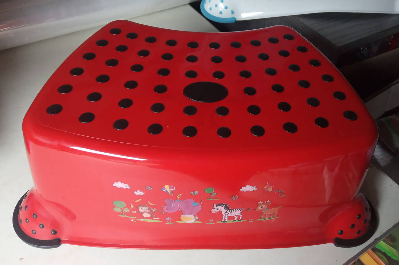 Підставка під унітаз умивальник табурет дитячий червоний